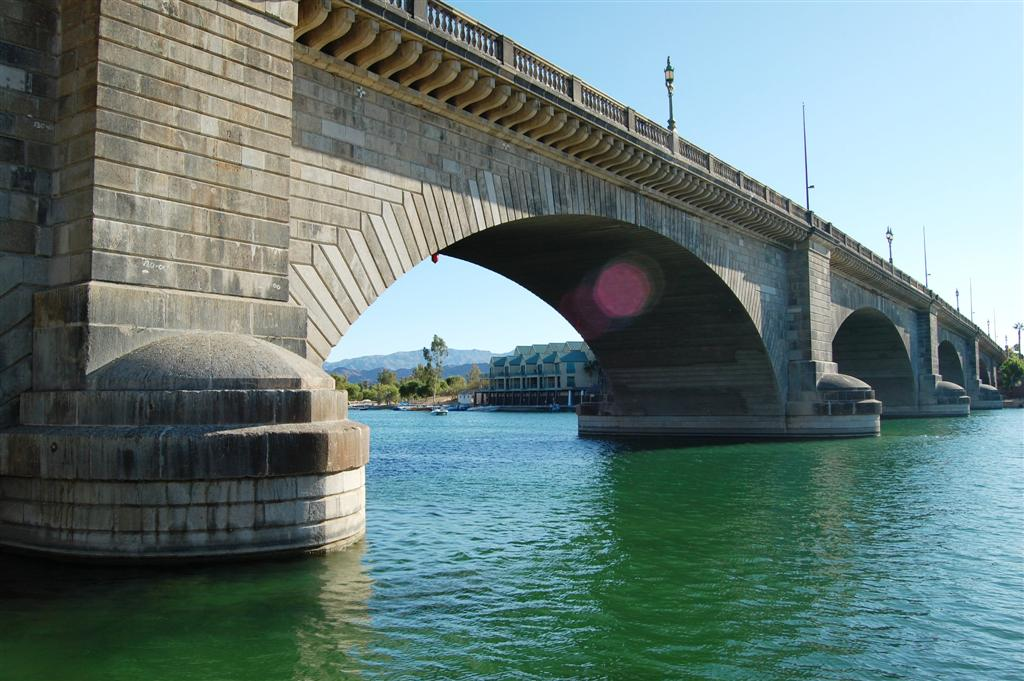 London bridge at lake havasu for Design agency london bridge