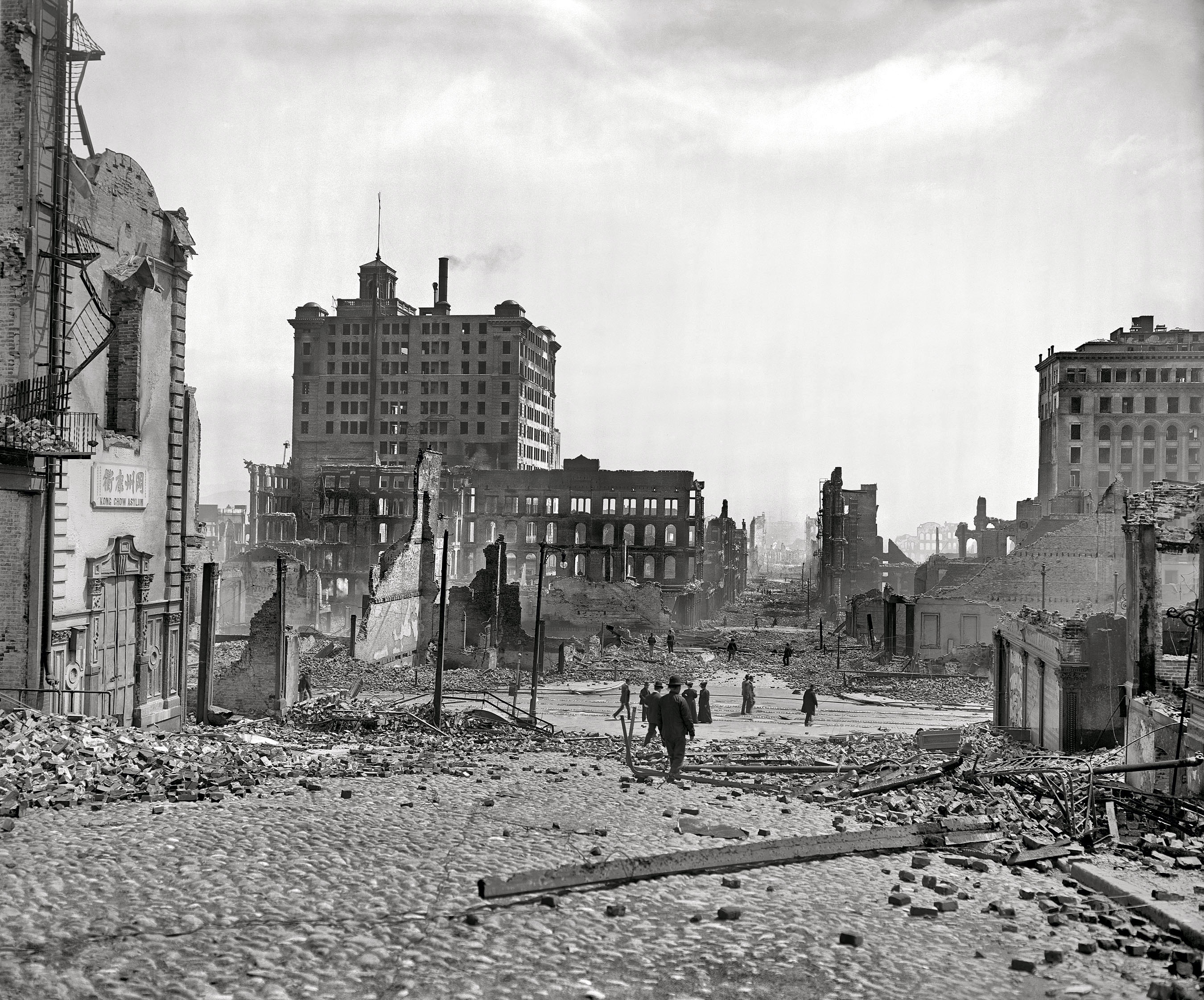 aftermath of the great san francisco earthquake and fire of april 18 1906 8x10 inch dry plate glass negative