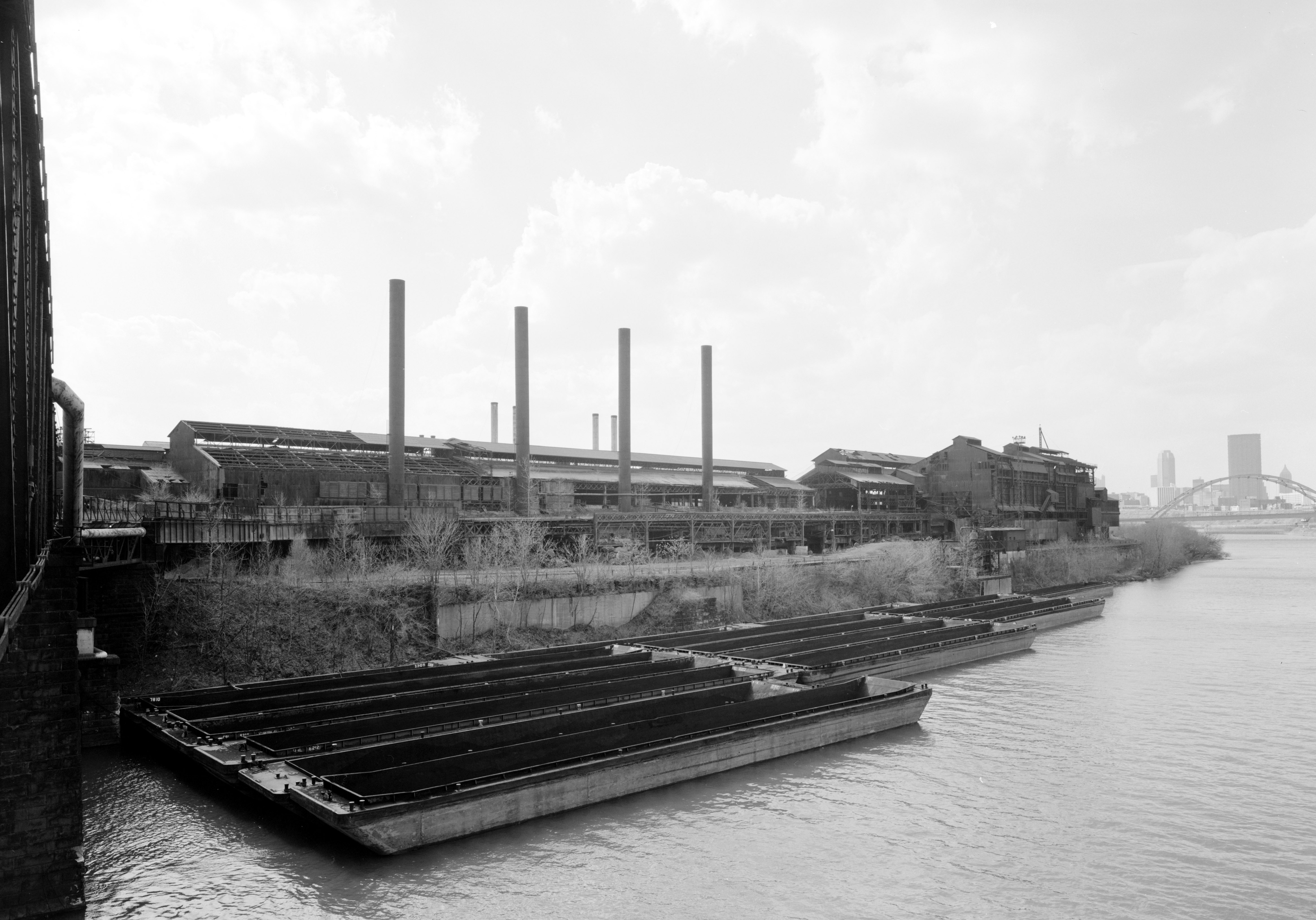 Photo: ...More Old Pittsburgh Industry...