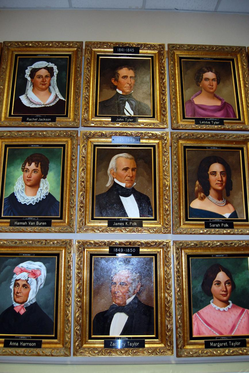 U S Presidents The First Ladies Portraits